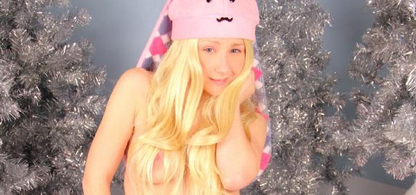 Pattyycake Snow Bunny