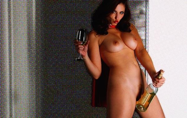 Carlotta Champagne - Super Women