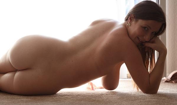 Lana Zuyeva - Pregnant