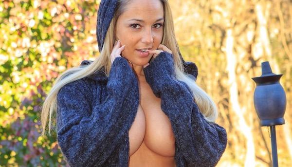 NIKKI SIMS - Autumn Sweater