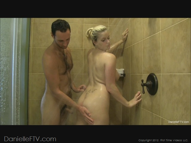Shower danielle sex delaunay exact