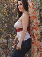 noelle-easton-big-boobs