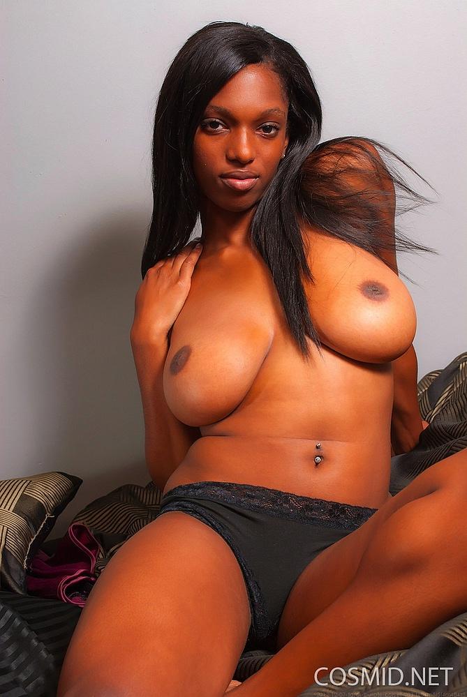 Tara Braxton Nude Pictures