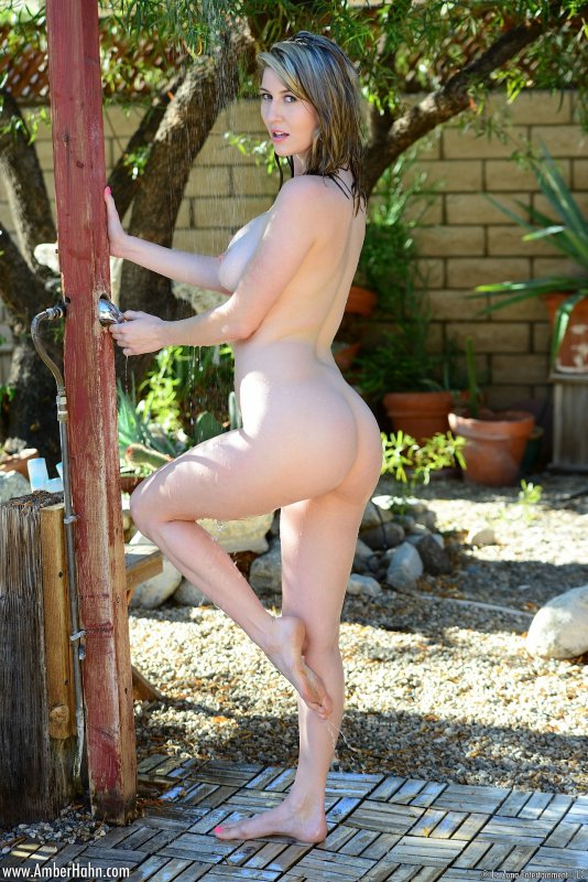 boob junkie amber hahn outdoor shower
