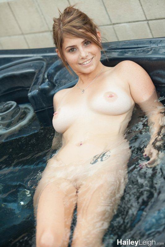 Hot babe tube